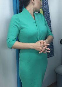 """Примерка зеленого платья в ателье """"Новый образ"""" Краснодар"""